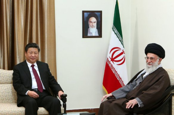 Ali_Khamenei_receives_Xi_Jinping_in_his_house_(6)
