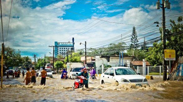 flood-965092_800x450-800x445
